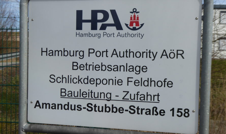 Feldhofe vom Spülfeld zum 56 Meter hohen Giftberg.